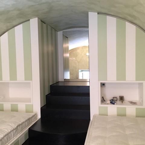 Mebeltec mobili per ristoranti arredamento negozio for Disegnare cameretta online